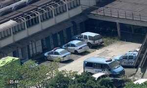 Quatro policiais da UPP do Caju são presos em operação da Corregedoria da PM no RJ