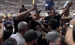 Black Friday provoca correria em lojas de todo o Brasil