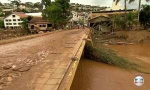 Moradores ainda não conseguem voltar para suas casas em MG