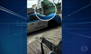 Vídeos mostram ação de traficantes mesmo com presença da PM