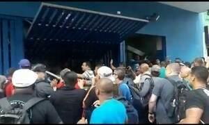 Protesto de vigilantes no centro de SP termina com três pessoas feridas