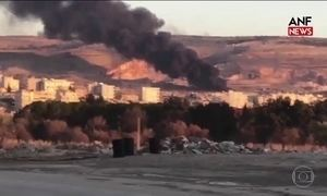 Forças Armadas da Turquia bombardeiam região dominada por curdos na Síria