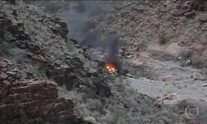 Três turistas britânicos morrem em queda de helicóptero nos EUA