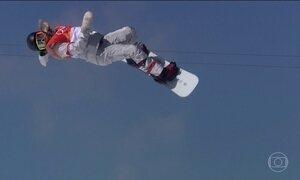 Jovem de 17 anos ganha medalha de ouro no snowboard em disputa na Coreia do Sul