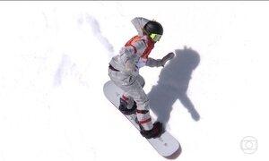 Fenômeno do snowboard, jovem de 17 anos é medalha de ouro na Olimpíada de Inverno