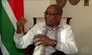 Presidente da África do Sul quebra silêncio