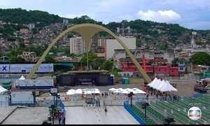 Rio de Janeiro se prepara para eleger a escola campeã do carnaval