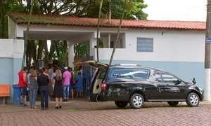 Corpo da menina Emanuely, de 5 anos, é enterrado em Itapetininga (SP)