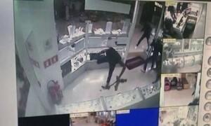 Assalto a joalheria causa pânico em shopping de São Paulo