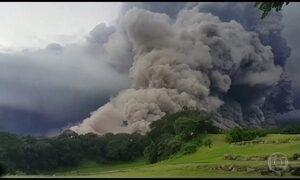 Erupção de vulcão mata ao menos 6 pessoas na Guatemala