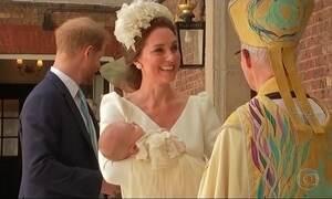 Filho mais novo de William e Kate é batizado