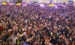 Multidão faz festa em Zagreb pela classificação inédita da Croácia