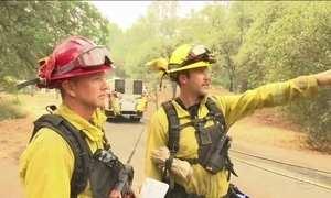 EUA decretam estado na Califórnia por incêndios florestais