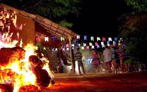 Tradição junina domina todo o Nordeste (None)