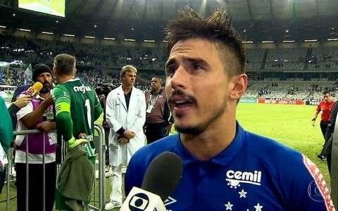 Cruzeiro vence líder Palmeiras em noite de reencontros (Light Press)