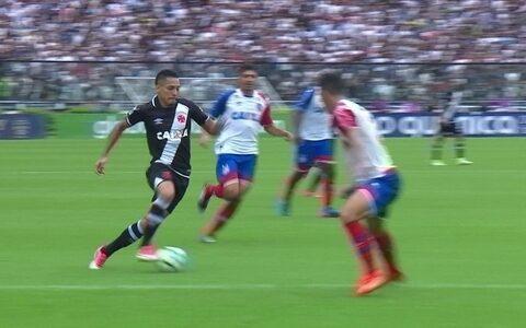Com gol de Nenê nos acréscimos, Vasco derrota o Fluminense em São Januário