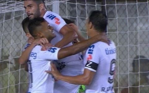 Santos goleia o Cristal e garante a primeira colocação do grupo na Libertadores
