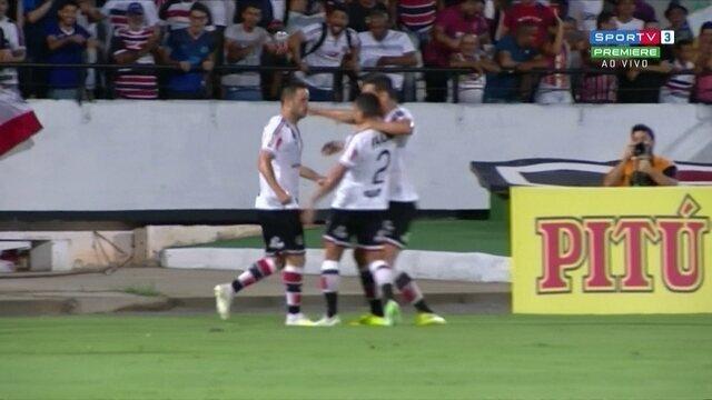 Aos 19 do 1ºT, Pipico marca golaço pelo Santa Cruz