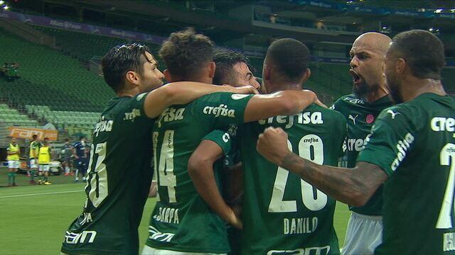 Gol do Palmeiras! Após chute de Scarpa, Willian pega sobra e amplia, aos 36' do 2º Tempo