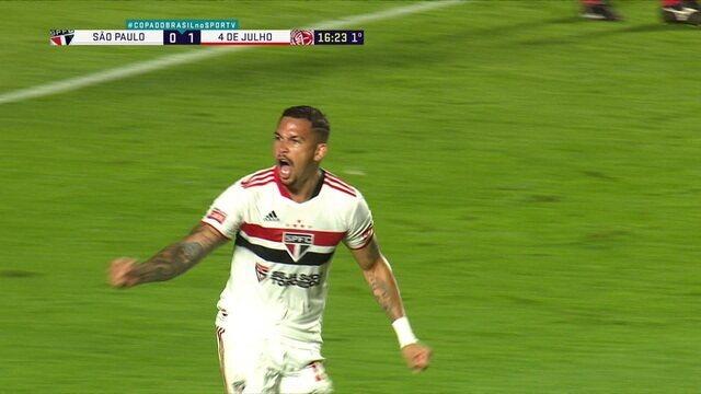 Gol do São Paulo! Luciano recebe cruzamento e aparece livre para empatar, aos 16' do 1°T