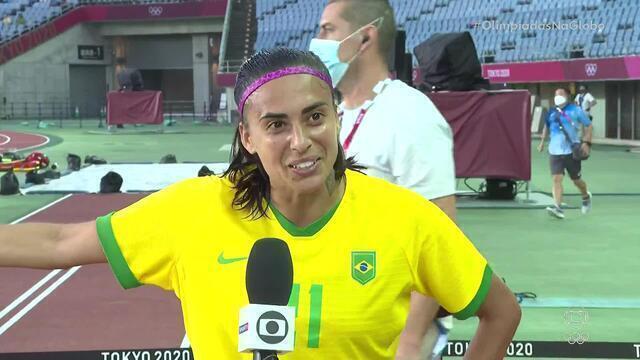 """Andressa Alves agradece Marta por deixar bater o pênalti: """"Gol graças a ela"""""""