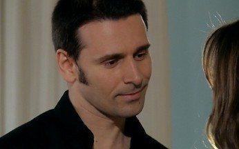 Lucas se preocupa com Duda - Ele pergunta à namorada se ela está arrependida de ter iniciado uma relação com ele