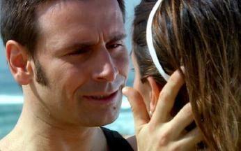 Lucas pede Duda em casamento - Mas ele pede para ela pensar bem antes de aceitar, insinuando que a namorada ainda pode pensar em Raj