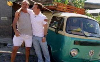 Seu Nício e a Cascuda - Luciano Huck reencontrou o Seu Nício que ele descobriu na rua e participou em 2009 do Lata Velha. Ele revisitou a 'Cascuda', uma perua Kombi que ele usa para vender fruta.
