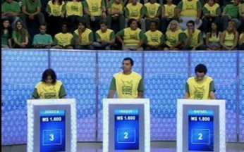 Marcos Pasquim paga mico no Vídeo Game - Angélica comanda mais uma rodada do game do Vídeo Show.