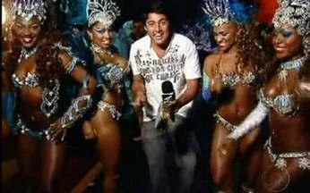 Os bastidores das chamadas do Carnaval 2011 - Bruno De Luca invade mais uma gravação cheia de samba no pé.