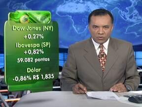 Bolsa de Valores de São Paulo fecha em baixa - O índice da Bovespa fechou o pregão em queda nesta segunda-feira (9). O Dow Jones, de Nova York também teve baixa. A cotação do dólar caiu, cotada em R$ 1,835.