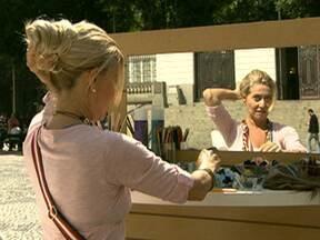 Melhores Momentos 2011: aprenda a fazer vários tipos de coque - O penteado compõe um visual descolado e contemporâneo