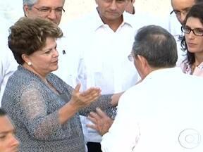 Dilma se encontra com ex-presidente Fidel Castro - O encontro durou uma hora. Ele levou chocolates de presente e ganhou uma biografia ainda não publicada. A presidente relativizou a importância da discussão sobre o respeito aos direitos humanos na ilha.
