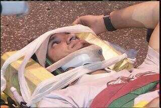 Zagueiro Victorino do Cruzeiro sofre acidente, mas passa bem - Jogador se envolveu em um acidente de trânsito nessa terça-feira, em Belo Horizonte.