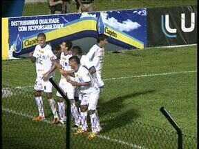 Cianorte passeia contra o Rio Branco - O novo líder aplica a maior goleada do Paranaense 2012