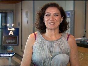 Lilia Cabral recebe troféu do 'Retrô' de Maior Barraco de 2011 - Tereza Cristina e Griselda se estranharam e chegaram às vias de fato