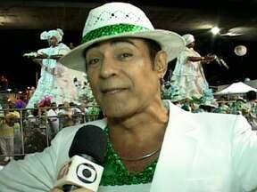 Elimar Santos fala da expectativa para o desfile da Imperatriz - A imperatriz tem como enredo Jorge Amado. O cantor Elimar Santos disse que a Bahia sempre dá muita sorte para a escola do Rio de Janeiro.