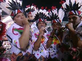 Intérpretes da Mangueira cantam o samba da escola - Luizito, Ciganerey e Zé Paulo cantam o enredo sobre o Cacique de Ramos.