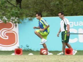 Valdivia está recuperado e volta a treinar no Palmeiras - Chileno deve voltar ao time no domingo, no clássico contra o São Paulo.