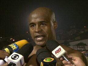 Em noite de Marcos Assunção, Palmeiras se classifica na Copa do Brasil - Autor de um gol, Juninho comemora com Globo Esporte e explica 'dança do sim ou não'