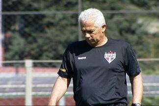 'Escolinha do Leão': técnico do São Paulo muda estilo e pega leve nos treinos - Jogadores do Tricolor comemoram mudança que, por coincidência ou não, veio acompanhada da queda do número de lesões.