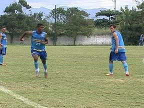 Focado e renovado, Botafogo treina forte em Saquarema para estreia no Brasileirão - Com reforços chegando e atletas saindo, alvinegros falam em foco para não `dar mole`no Campeonato.
