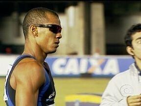 Corre Sandro: atleta ganha mais duas medalhas no GP de Atletismo de São Paulo - Sandro Vianna conquistou o ouro no revezamento 4x100m e a prata nos 100m rasos.