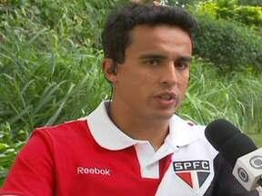 Jadson analisa vitória do São Paulo e avalia seu momento no clube - Camisa 10 deu bons passes na vitória do Tricolor por 1 a 0 sobre o Bahia e quase deixou a sua marca em cobrança de falta.