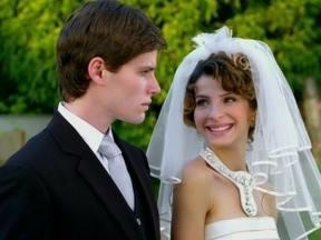 Confira os bastidores do casamento de Conrado e Isadora, em Cheias de Charme - Será que playboy vai ser feliz ao lado da patricinha?