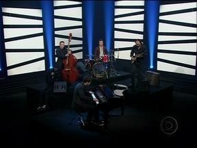Ari Borger Quartet se apresenta na abertura do Programa do Jô - Ari Borger Quartet se apresenta na abertura do Programa do Jô