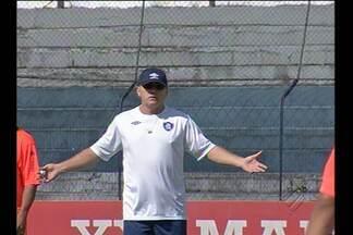 Edson Gaúcho começou a trabalhar no Remo - Treinador realizou primeira movimentação