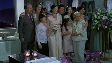 Amor Eterno Amor - Capítulo de quarta-feira, dia 18/07/2012, na íntegra - Gabriel e Beatriz se casam