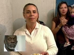 Gari se emociona com depoimento de esposa: 'Tudo que sou , devo a ela' - Esposa Keila Batista Veloso faz depoimento ao gari Mister Brasil
