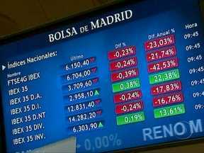 Espanha sofre mais um golpe no mercado econômico - O presidente do BC afirmou que se a Espanha quiser ajuda financeira, o país terá que pedir isso formalmente. O chefe de governo espanhol Mariano Rajoy recusou-se a dizer se vai gritar por socorro.